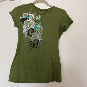 Roxy  t shirt green with design